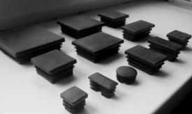 Заглушка пластиковая для профильной трубы 10х10 мм от производителя